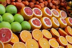 Frutas y verdura frescas Imágenes de archivo libres de regalías