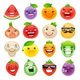 Frutas y verduras divertidas de la historieta con diferente Foto de archivo