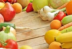 Frutas y verduras frescas del orginc Fotografía de archivo libre de regalías