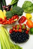 Frutas y verduras orgánicas sanas Imagen de archivo libre de regalías