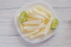 Fruto de Jicama, alimento mexicano do nabo no vegetal do limão dos jicamas de México imagem de stock