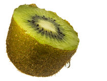 Fruto de quivi fresco cortado isolado foto de stock