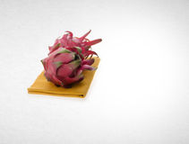 fruto do dragão ou fruto orgânico do dragão no fundo Fotos de Stock Royalty Free