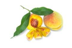 Fruto do pêssego por dentro e por fora Imagem de Stock