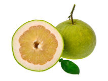 Fruto do Pomelo isolado no fundo branco Foto de Stock
