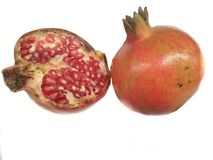 Fruto fresco da romã no fundo branco Fotos de Stock Royalty Free