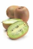 Fruto fresco do kivi no fundo branco Imagens de Stock Royalty Free