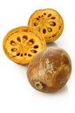 Fruto maduro do bael no branco Fotos de Stock Royalty Free