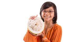 Fruto malaio IV da menina e do Pomelo Imagens de Stock Royalty Free