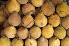 Fruto sazonal de Santol no mercado de fruto de Tailândia Imagens de Stock Royalty Free
