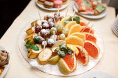 Frutos cortados Imagem de Stock Royalty Free