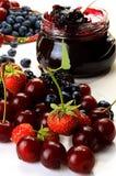 Frutos de agosto em um fundo branco imagens de stock