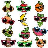 Frutos dos desenhos animados que vestem óculos de sol Fotografia de Stock