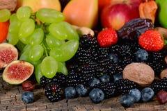 Frutos e bagas Imagens de Stock Royalty Free