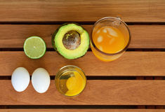 Frutos e ovos na tabela Imagem de Stock Royalty Free