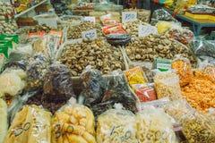 Frutos e peixes secados Produtos de peixes fritados Foto 2016 do curso Fotos de Stock Royalty Free