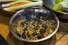 Frutos e porcas de Bried imagens de stock royalty free