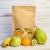 Frutos frescos e desidratados Imagem de Stock