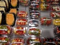 Frutos nas caixas Fotografia de Stock Royalty Free