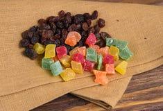 Frutos secados em um guardanapo velho Foto de Stock Royalty Free