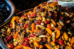Frutos secados no mercado imagens de stock royalty free