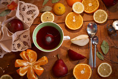 Frutos - vitaminas saudáveis para o café da manhã 2 Fotos de Stock