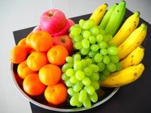 Frutta allegra, frutta mixed immagini stock libere da diritti