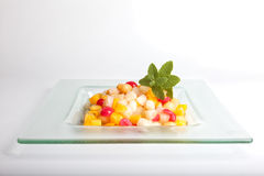 Frutta allo sciroppo fotografie stock libere da diritti