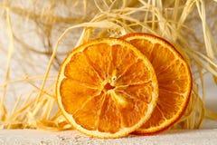 Frutta arancio secca, soltanto due pezzi fotografia stock libera da diritti