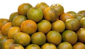 Frutta arancio su fondo bianco Fotografie Stock Libere da Diritti
