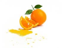 Frutta arancione isolata su priorità bassa bianca Immagine Stock Libera da Diritti