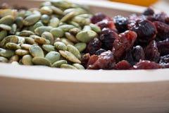 Frutta asciutta con il seme di zucca immagine stock libera da diritti