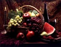 Frutta in cestino fotografia stock
