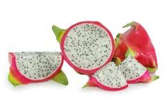 Frutta del drago o di Pitaya isolata su bianco fotografia stock libera da diritti