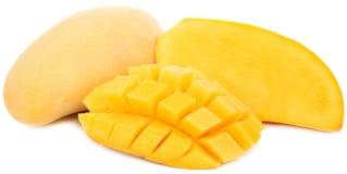 Frutta del mango isolata su fondo bianco immagini stock