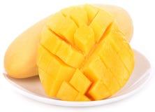 Frutta del mango su priorità bassa bianca fotografie stock