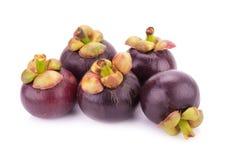 Frutta del mangostano isolata su bianco Immagine Stock