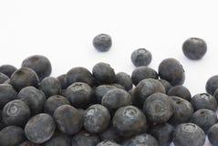 Frutta del mirtillo su un fondo bianco Fotografia Stock Libera da Diritti