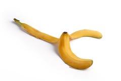 Frutta della buccia della banana isolata sopra bianco. Fotografia Stock Libera da Diritti