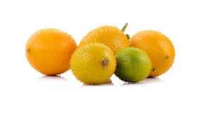 Frutta di Gac, tipica degli alimenti vegetali arancioni in Asia Fotografia Stock