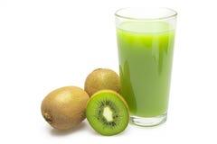 Frutta di Kiwi e un vetro di spremuta Immagine Stock Libera da Diritti