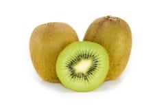 Frutta di Kiwi isolata su una priorità bassa bianca Fotografia Stock