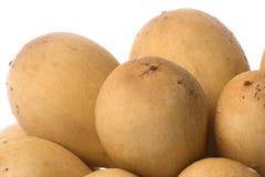 Frutta di Langsat isolata fotografie stock