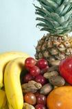 Frutta e noci Immagine Stock