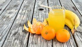 Frutta e spremuta Immagini Stock