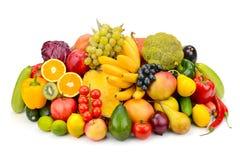 Frutta e verdura isolate su fondo bianco immagine stock