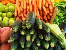 Frutta e verdure al mercato Fotografia Stock Libera da Diritti