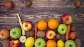 Frutta e verdure di caduta - fermi il moto video d archivio