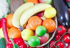 Frutta e verdure organiche Immagine Stock Libera da Diritti