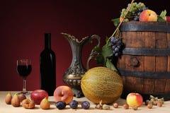 Frutta e vino Immagini Stock Libere da Diritti